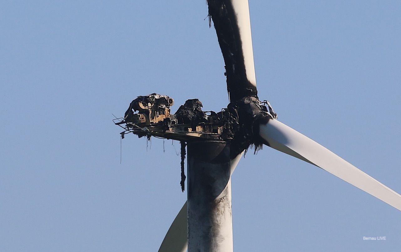 Windrad zwischen zwischen Heckelberg und Trampe fing Feuer