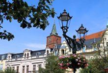 Photo of Zahlreiche Blumenampeln zieren erneut die Bernauer Innenstadt