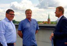 Photo of Finanzminister Christian Görke besichtigt Rathausneubau in Bernau