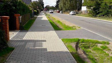 Photo of Bernau: Der Gehweg an der Albertshofer Chaussee ist fertig