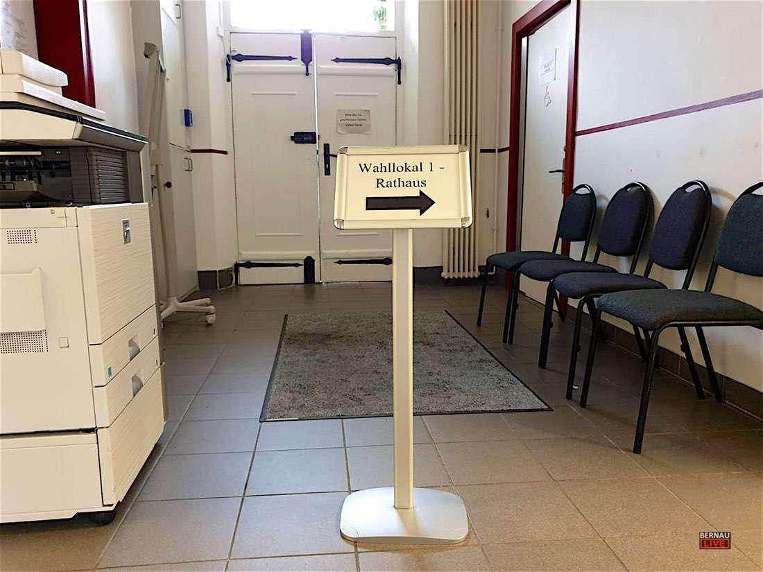 Wahllokal Rathaus Bernau 0000 1