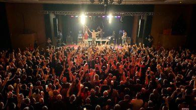 """Photo of """"Weihnachten in Familie"""" – Bernauer Punkrock League rockte die Stadthalle"""