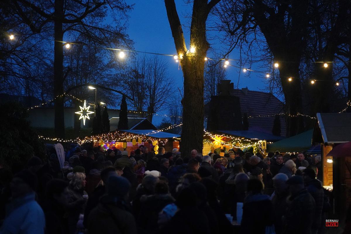 Weihnachtsmarkt Ladeburg Blumberg Bernau LIVE 0019
