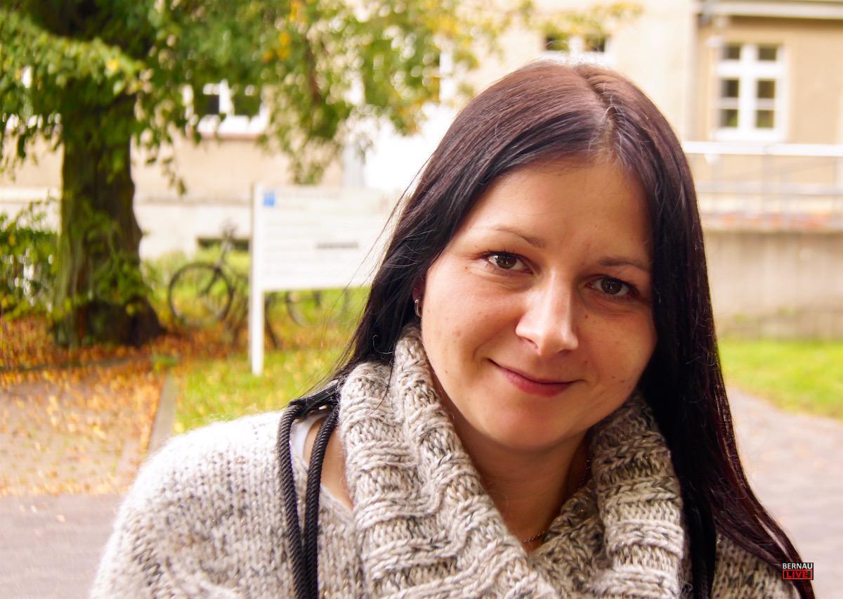 Lena Bernau LIVE