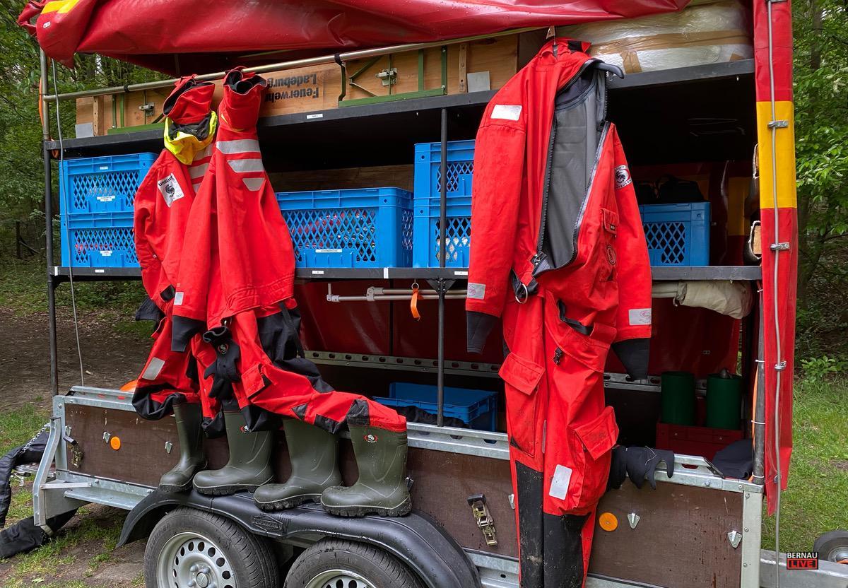 Personensuche Feuerwehr Uedersee 2 Bernau LIVE0008