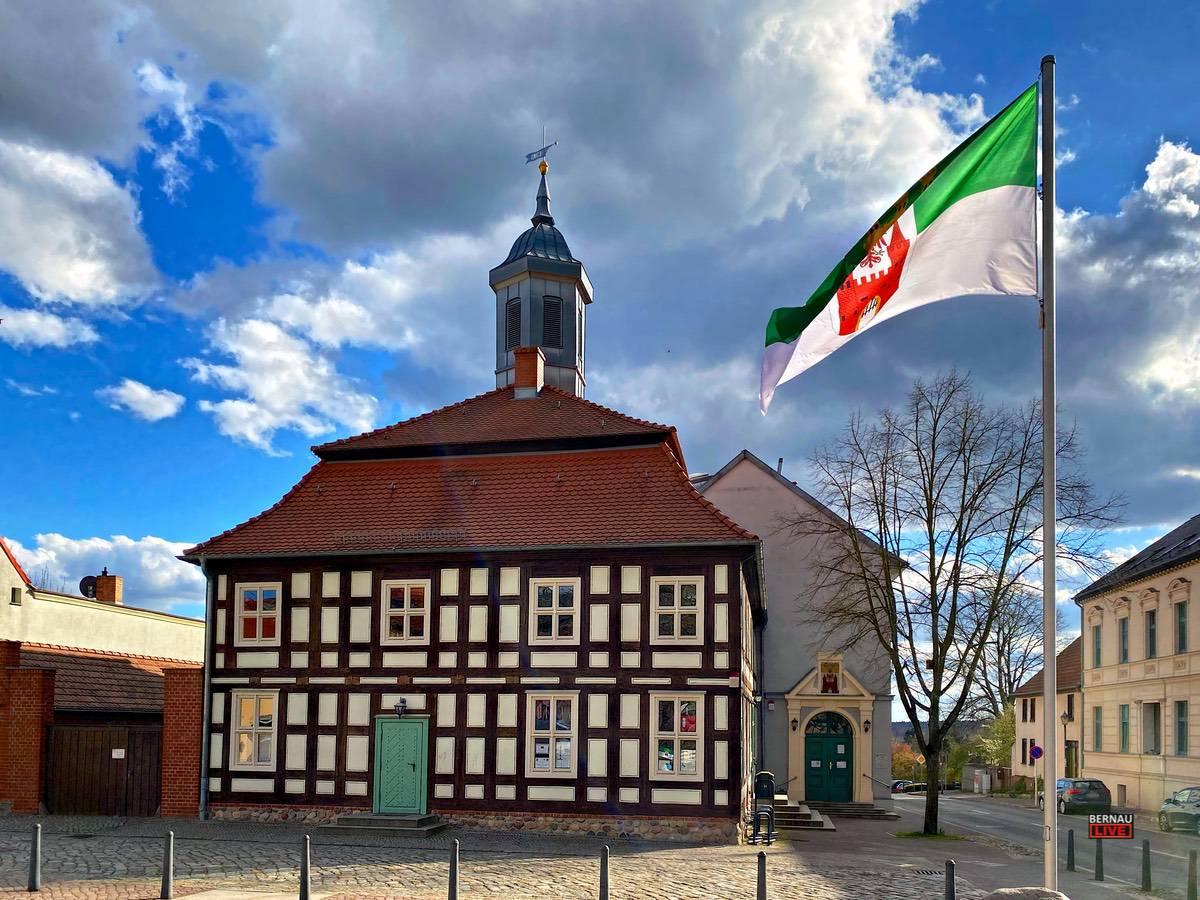 Rathaus Biesenthal - Wandlitz Bernau LIVE