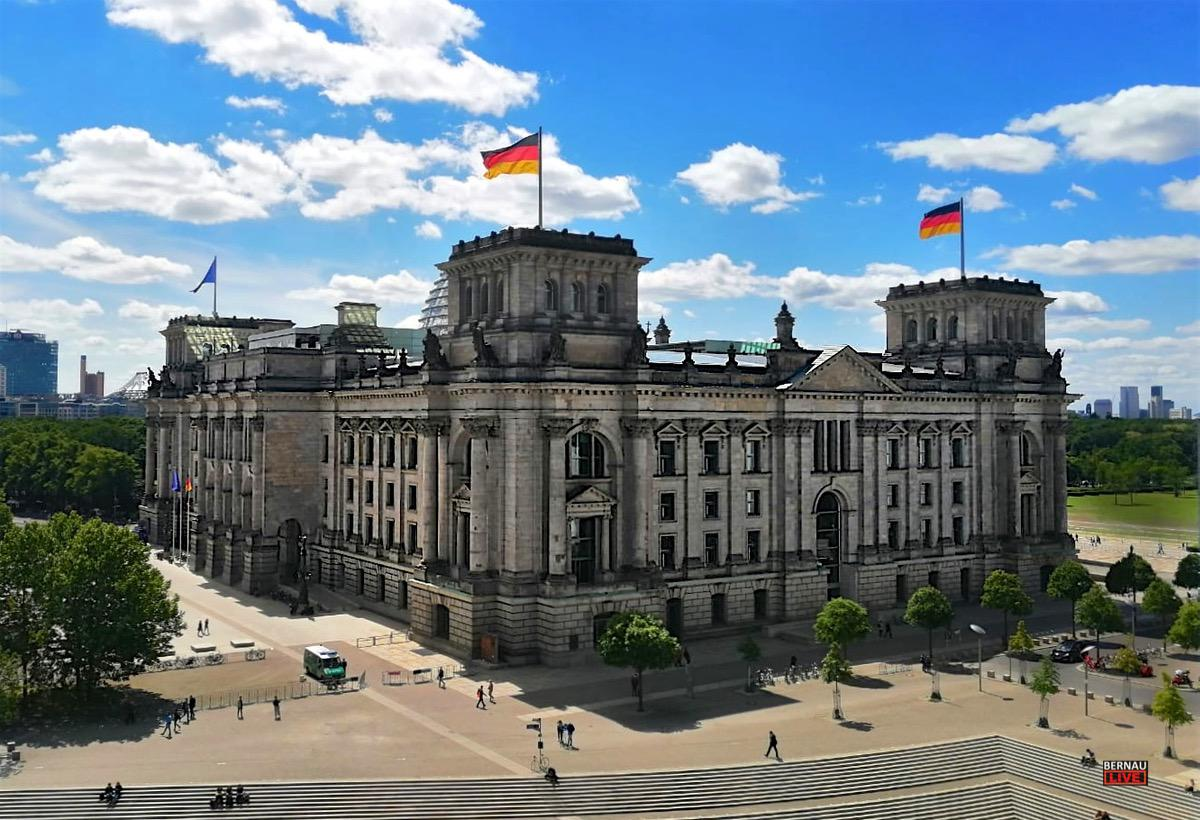 Bundestag Reichstag Berlin - Bernau LIVE