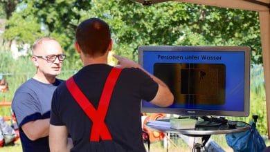 Photo of Feuerwehren aus Bernau und Wandlitz üben die Wasserrettung