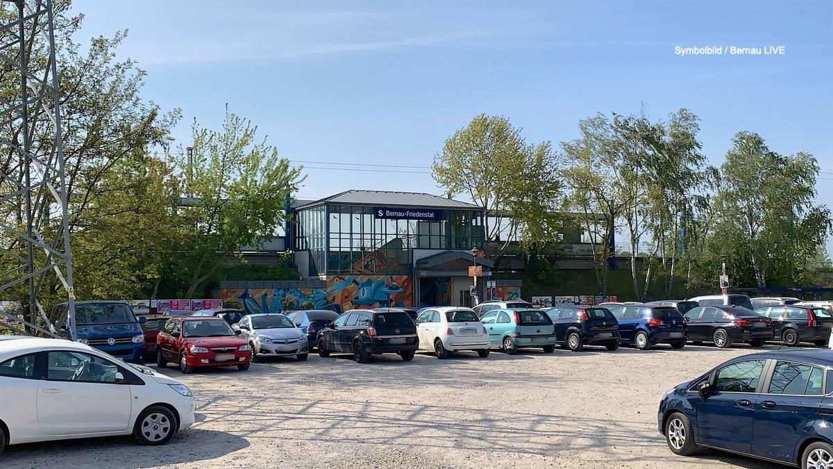 Bernau, Friedenstal, Polizei, Bahnhof Friedenstal, Bernau LIVE