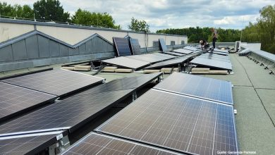 Photo of 142 Solarmodule auf dem Dach des Rathaus Panketal