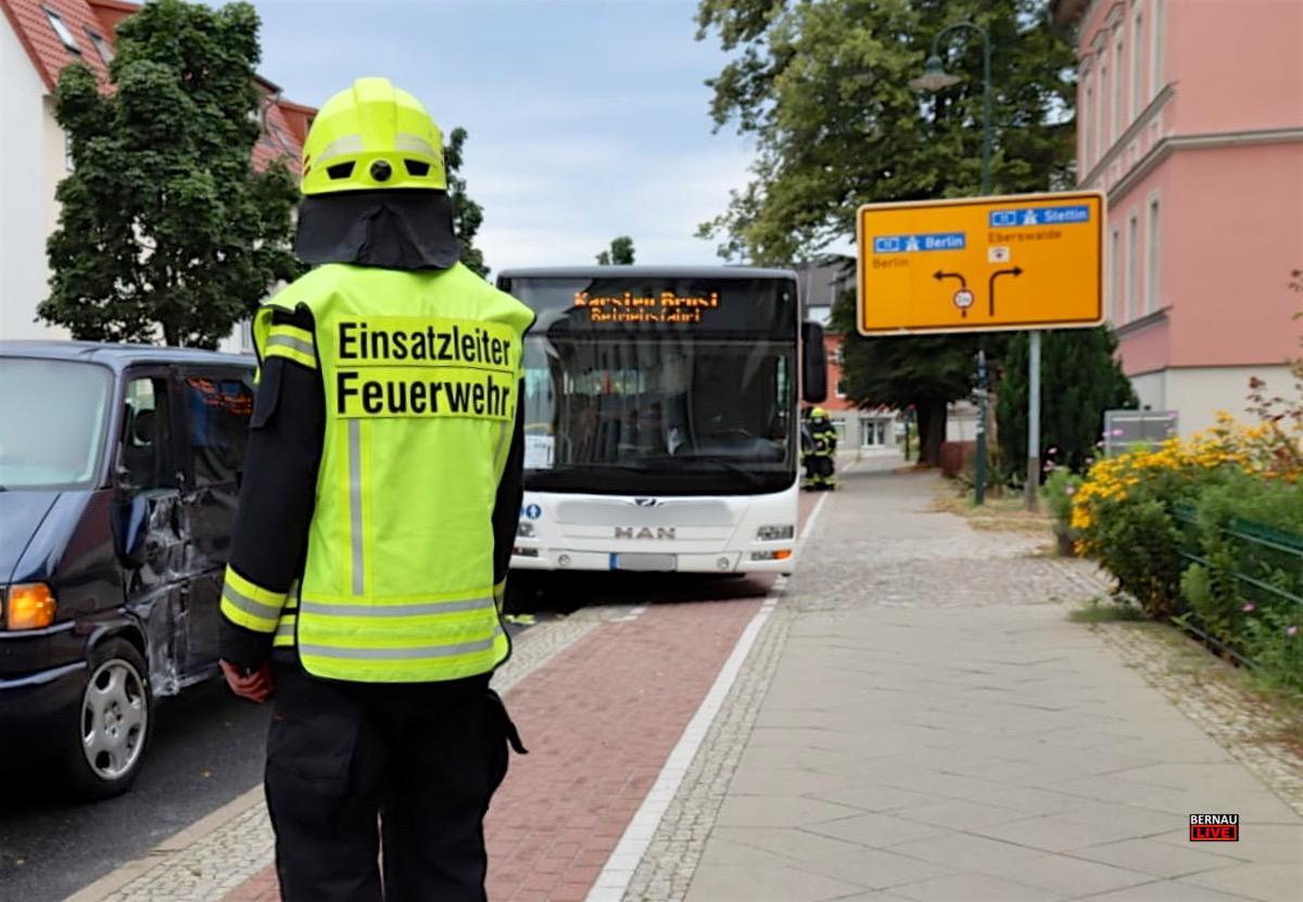 Unfall Bus Bernau - Bernau LIVE