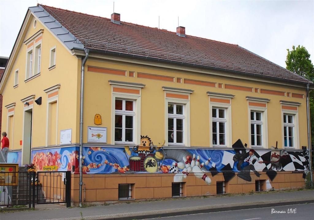 Bernau, Yellow, Bernau LIVE