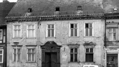 Photo of Bernau: Historische Tür findet ihren Platz im neuen Rathaus